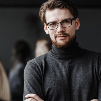 Оправы и очки Йоджи Ямамото как самые авангардные аксессуары